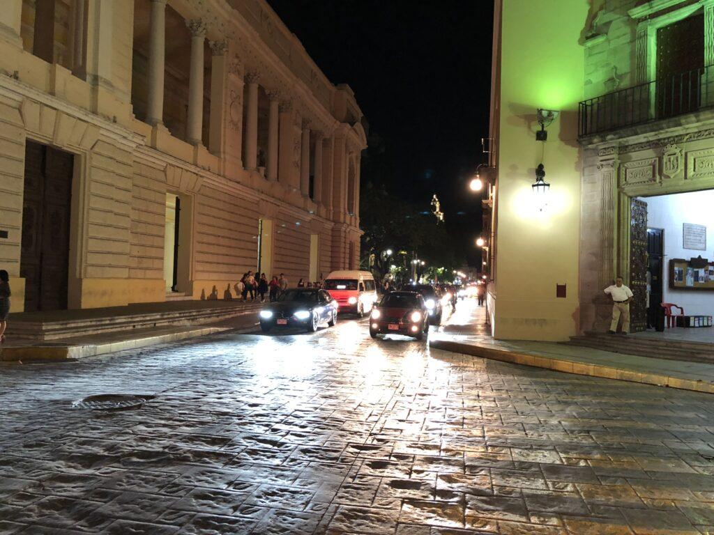 Merida, Chichen Itzá, San Lorenco Oxman, Tulum